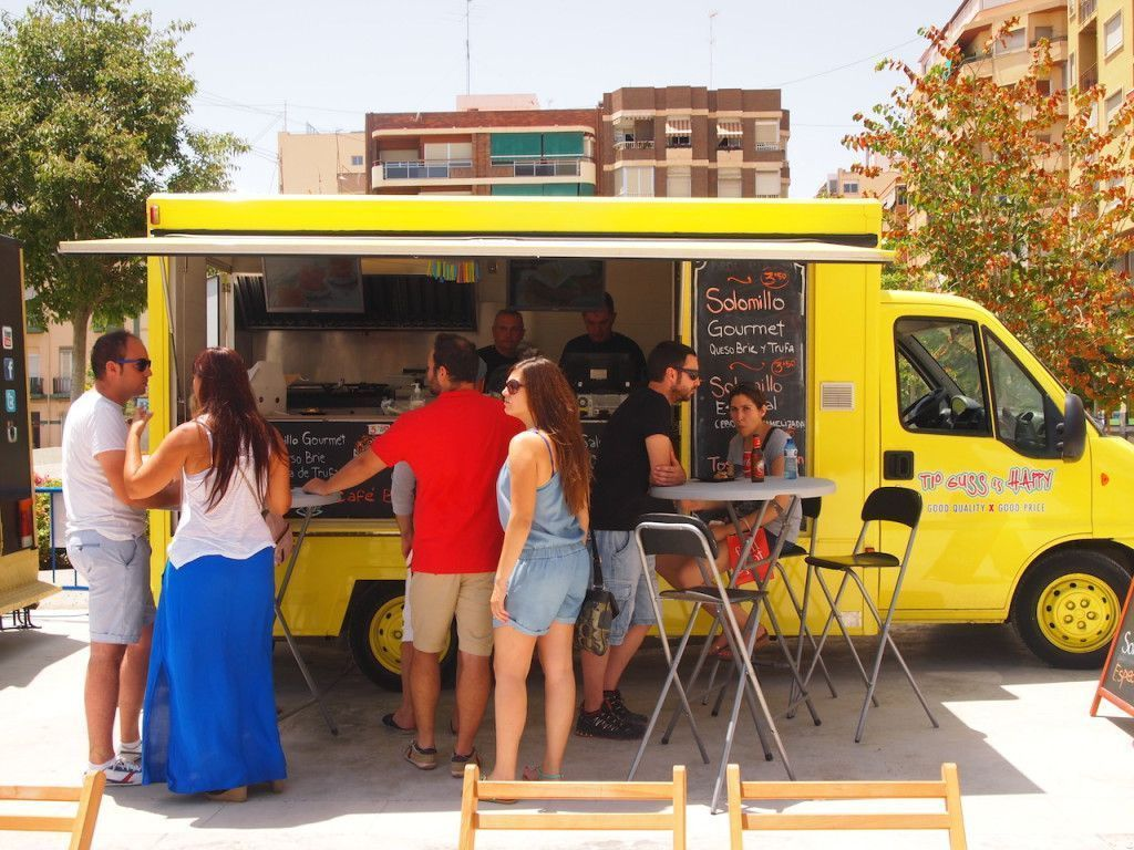 ALACANT STREET MARKET_FOOD TRUCKS