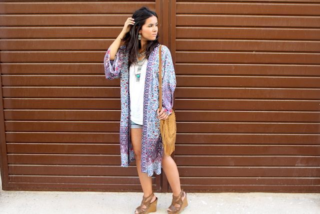 LOOK BOHO CON KIMONO LARGO PULL AND BEAR12