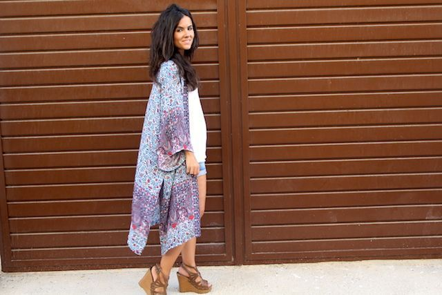 LOOK BOHO CON KIMONO LARGO PULL AND BEAR7