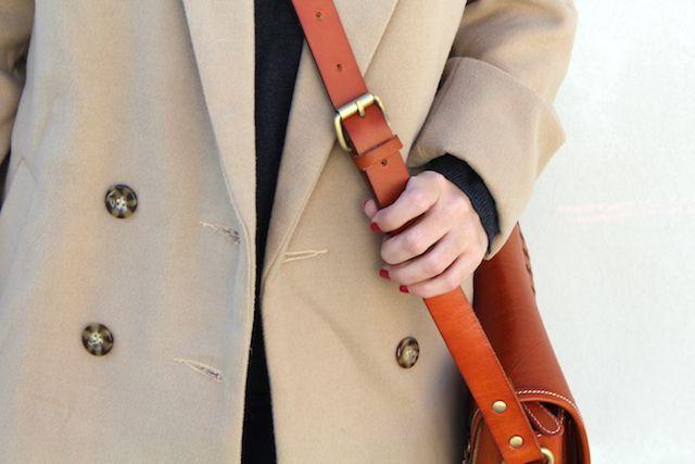 abrigo camel de Shein