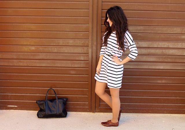 vestido estilo navy