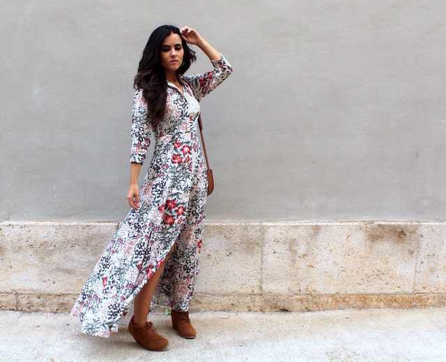 Vestido largo de flores en zara