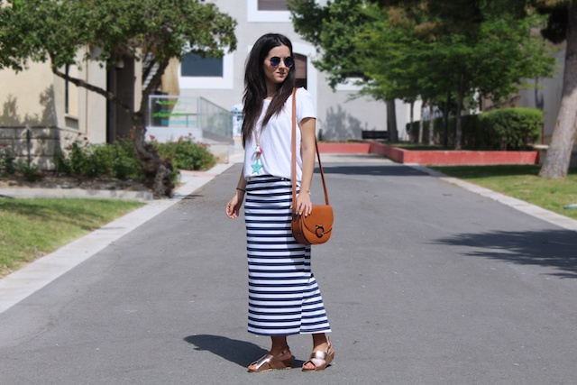 falda larga de rayas