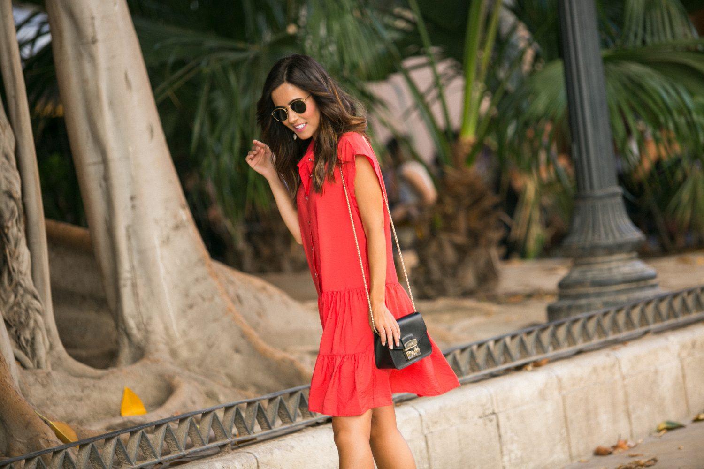 vestido color coral Zara